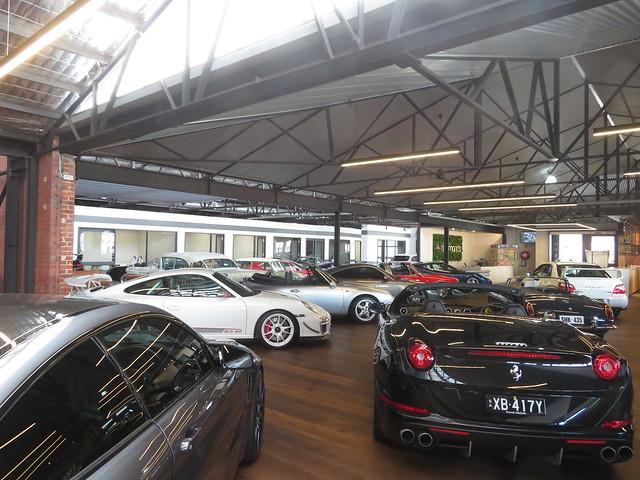 Richmonds Car Showroom - 08/10/2021