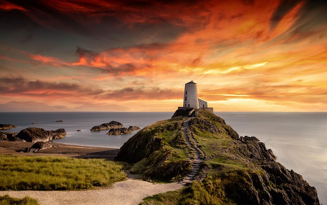 Twr Mawr lighthouse at sunset (in Explore 11 October 2021)
