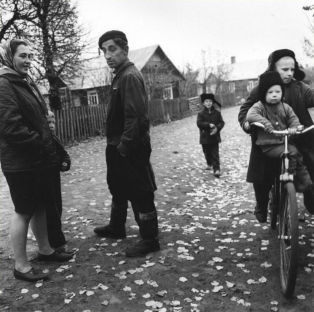 1969. Деревенская улица. Дзукия.