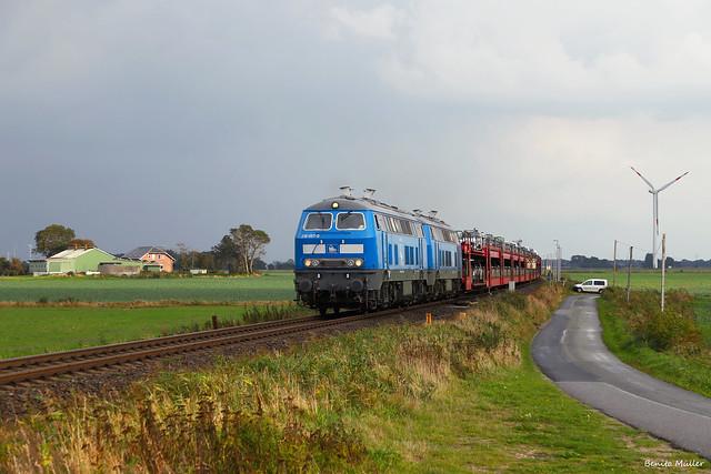 218 462-0 und 218 454-7 in Lehnshallig