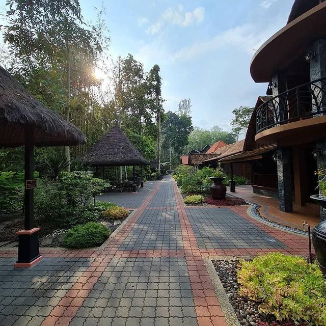 Rumah Hutan Bonda Rozita, Batang Kali By Danishtsl @ Ig