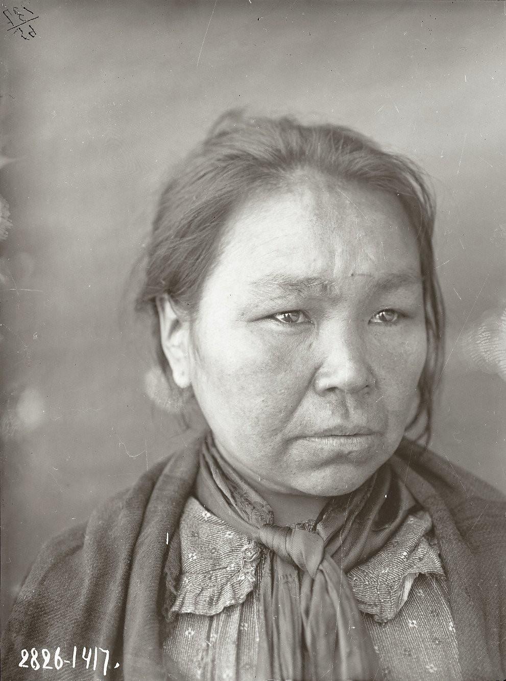 1909. Клеопатра Шемагинская. Уналашка остров, селение Уналашка