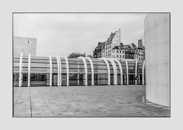 Architecture, Paris - May 1980