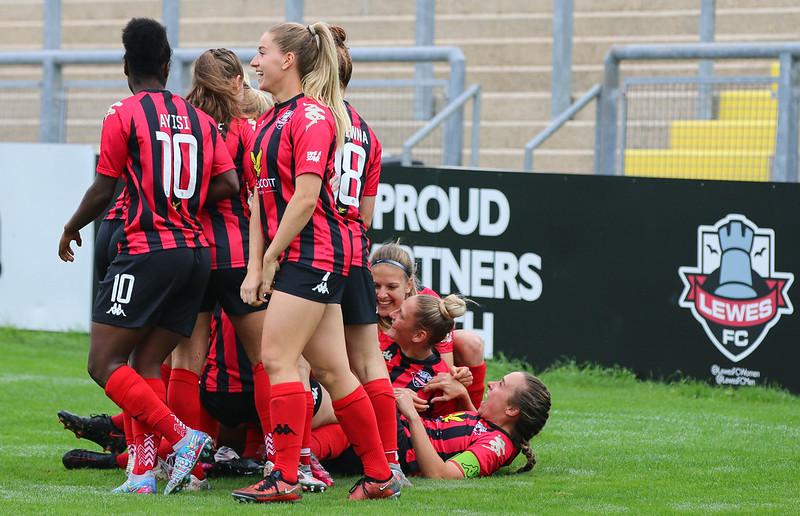 Lewes FC Women 1 Blackburn Rovers Women 0 10 10 2021-57.jpg