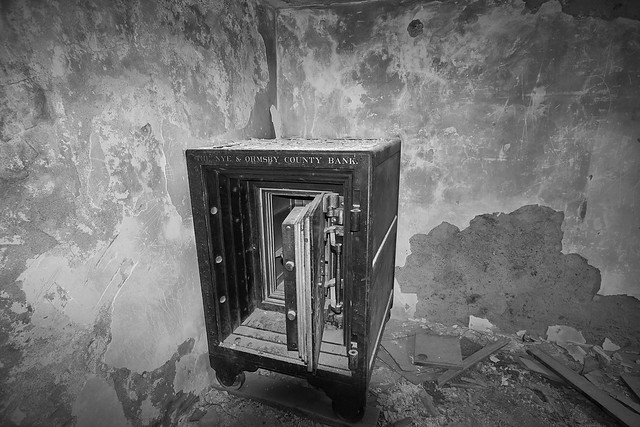 Inside the Bank Vault  2/2