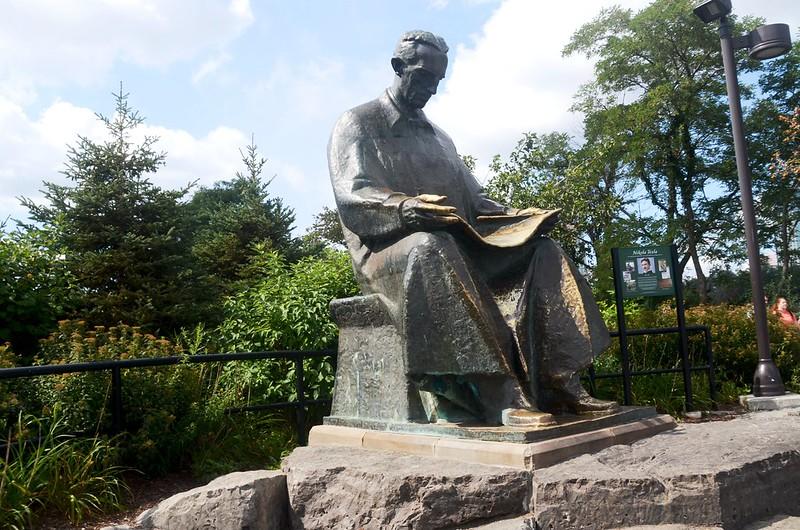 Nikola Tesla Monument (1)