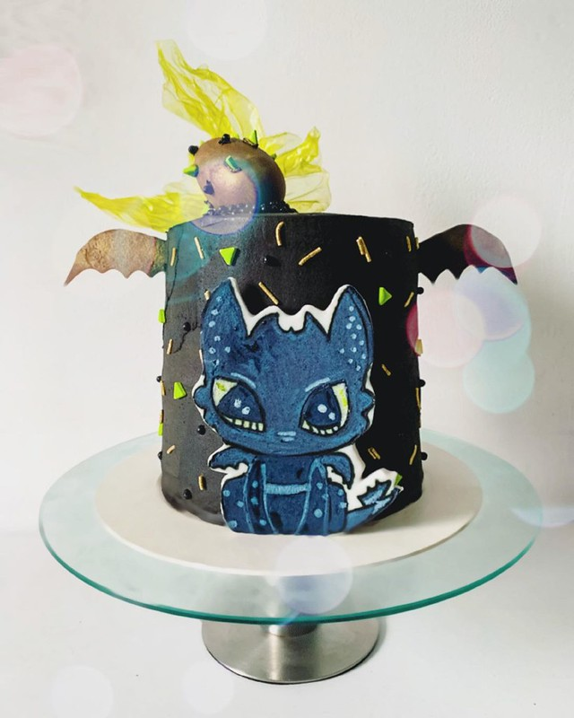 Cake by Holy Bite