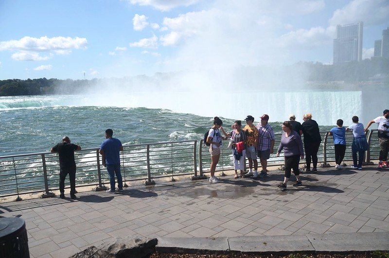 View to southwest at Horseshoe Falls from The Terrapin Point (6)