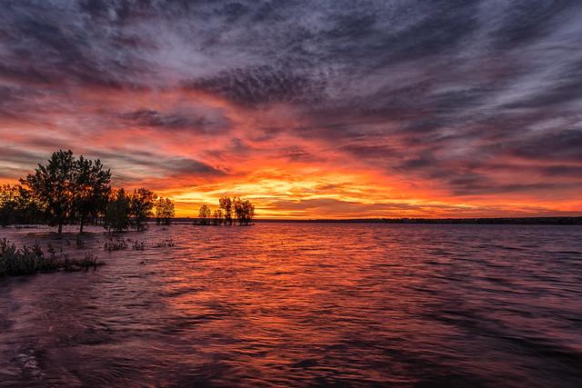 Sunrise, Lake Chatfield [Explore]