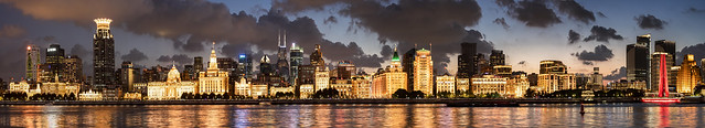 A daily light extravaganza at the Bund in Shanghai