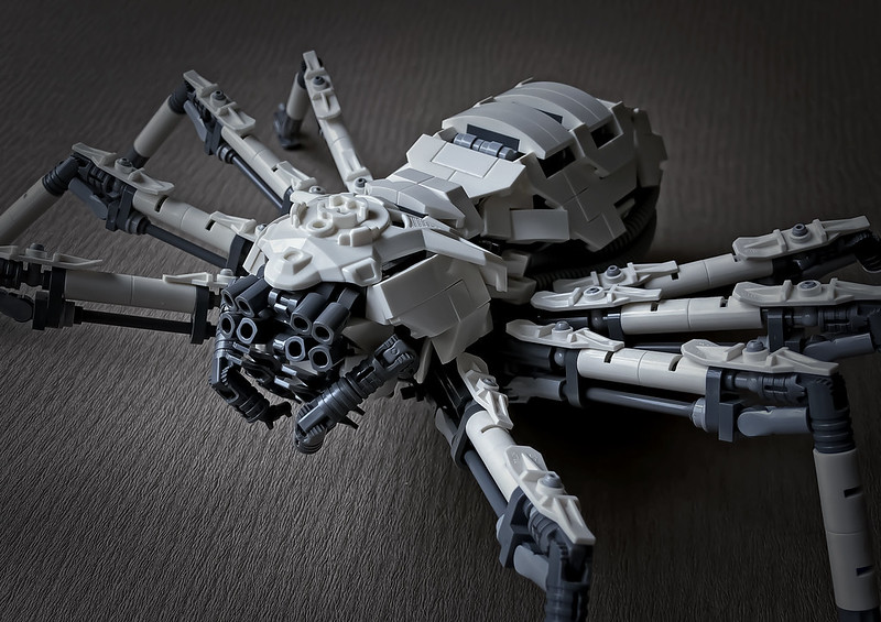 LEGO Mecha Huntsman spider_08