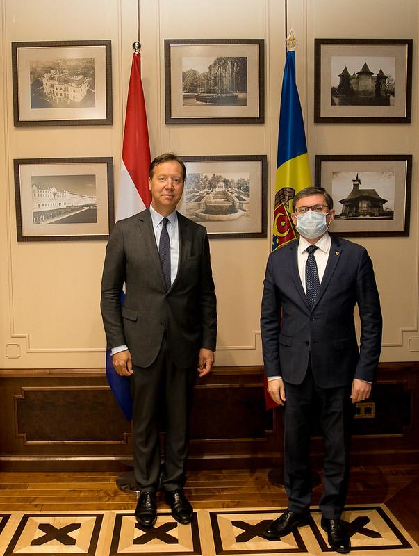 11.10.2021 Întrevederea Președintelui Parlamentului, Igor Grosu, cu Ambasadorul Regatului Țărilor de Jos, Roelof S. van Ees
