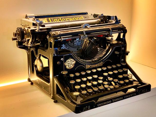 Underwood Typewriter.
