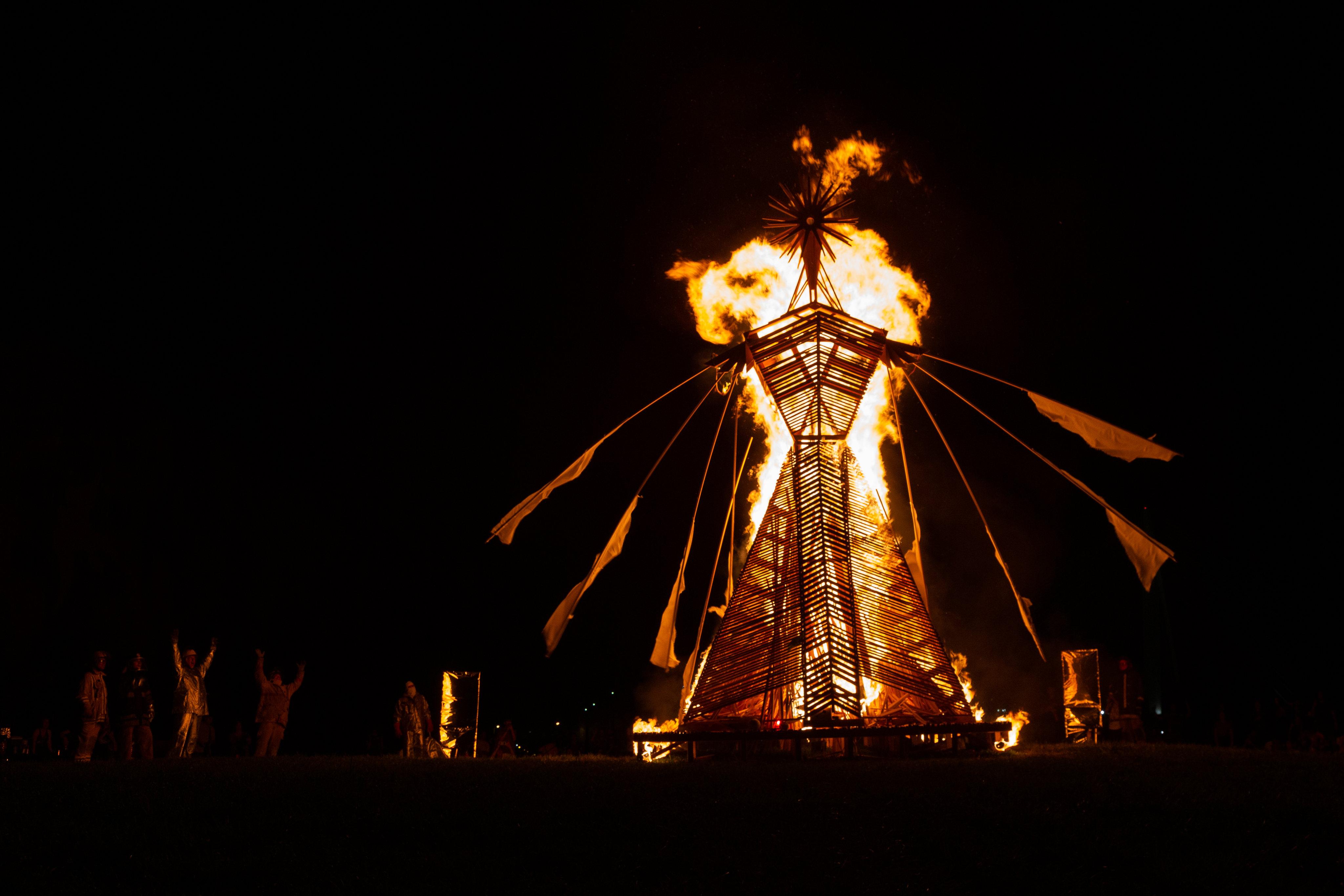 07 Arctica Burning 10 Oct 21