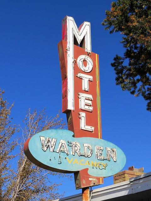 Warden Motel Sign