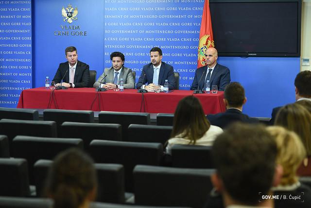 Konferencija za medije povodom potpisivanja ugovora sa hotelom Mediteran u Ulcinju (12.10.2021.)