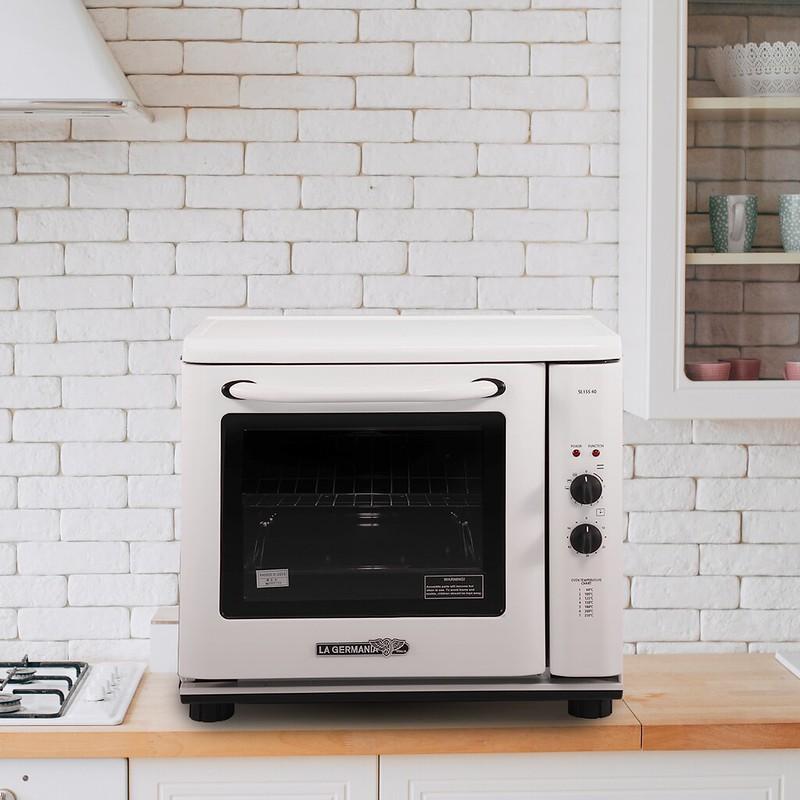 La Germania Electric Thermostat Oven
