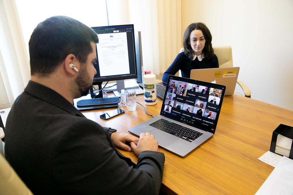 12.10.2021 - Participarea deputatului Victor Spînu la reuniunea Comisiei cultură, educație și afaceri sociale a APCEMN