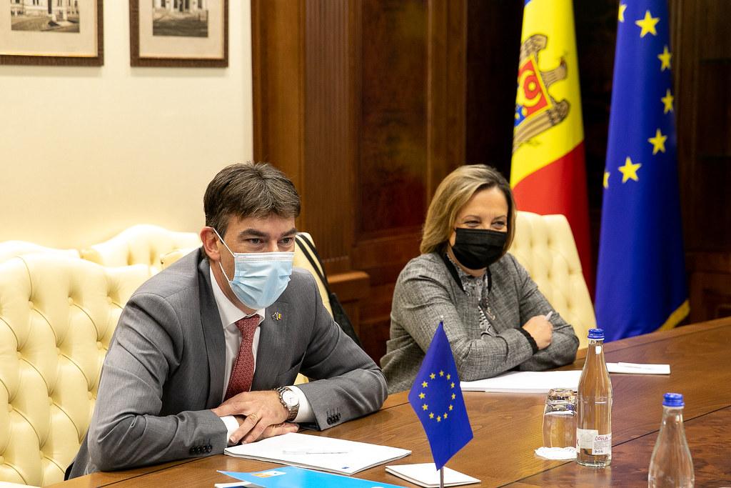 12.10.2021 Întrevederea Președintelui Parlamentului Igor Grosu cu Dragoș Tudorache, raportor al Comisiei de politică externă pentru implementarea Acordului de Asociere UE-Moldova din cadrul Parlamentului European