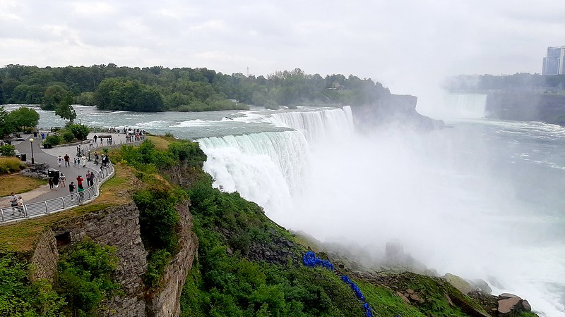 View from the Niagara Falls observation tower (6)