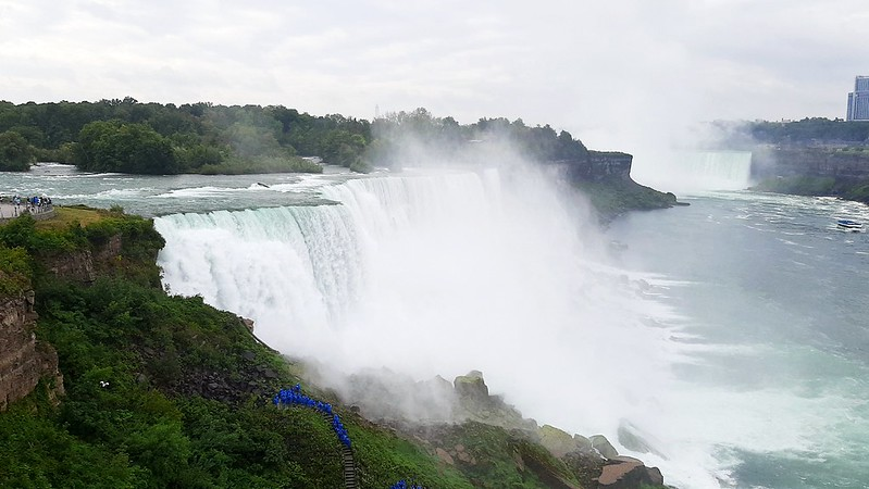 View from the Niagara Falls observation tower (4)
