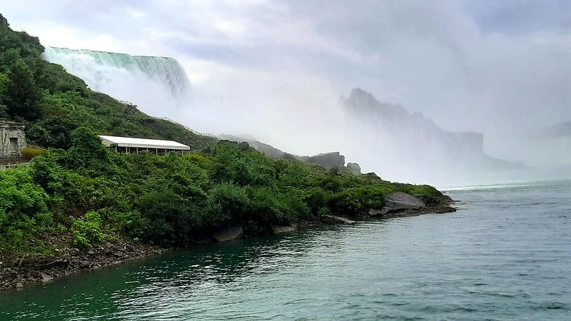 American Falls & Bridal Veil Falls, Maid of the Mist Boat Tour (1)