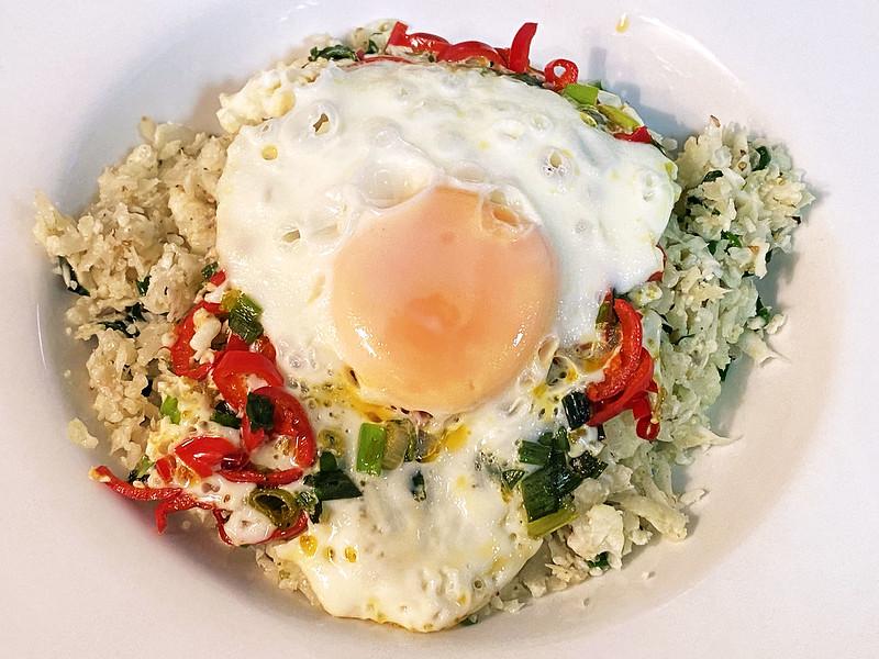Cauliflower rice with crispy chilli egg
