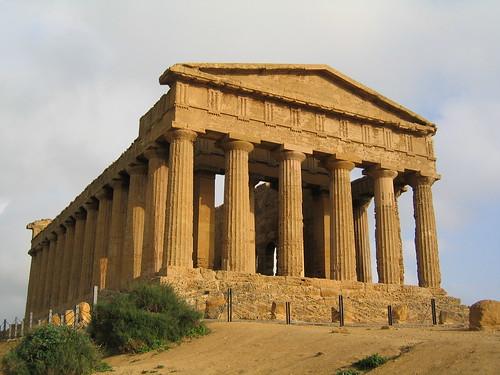 Agrigento-Tempio_della_Concordia01