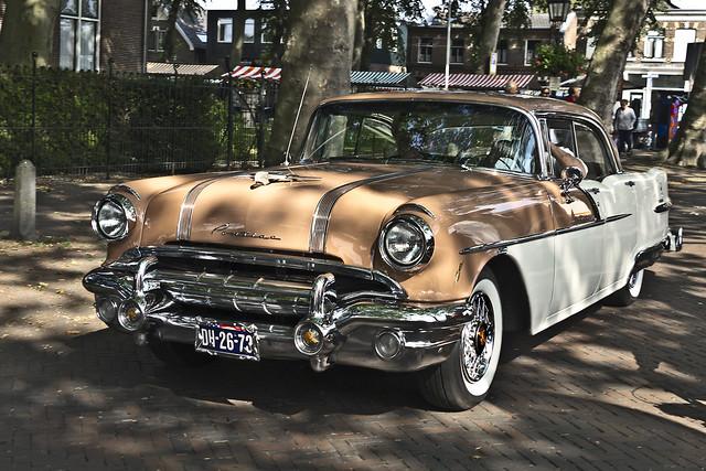 Pontiac Star Chief Catalina Sedan 1956 (5211)