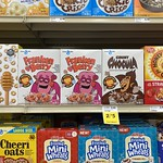 Halloween Cereal Display Fresco y Mas