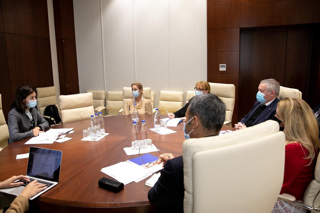 13.10.2021 Întrevedere  Președintelui Comisiei juridice, numiri și imunități, Olesea Stamate, cu membrii delegației Coraportorilor Comisiei de Monitorizare a Adunării Parlamentare a Consiliului Europei .