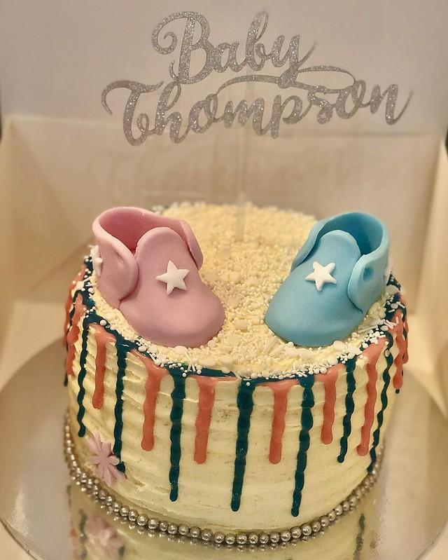 Cake by Tat's Treats