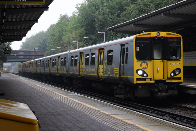 MR 508137 and 508126 @ Liverpool South Parkway railway station
