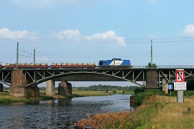 Duisport Rail 203 003 + goederentrein  - Duisburg Ruhrbrücke