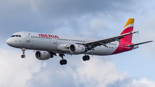 Iberia, Airbus A321-211, EC-JRE, 5. juli 2012, Villa De Uncastillo, October 13, 2021