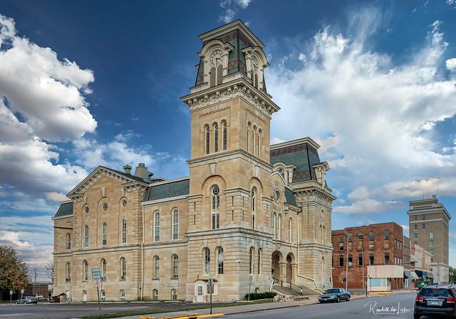 Morgan County Courthouse, Jacksonville, Illinois
