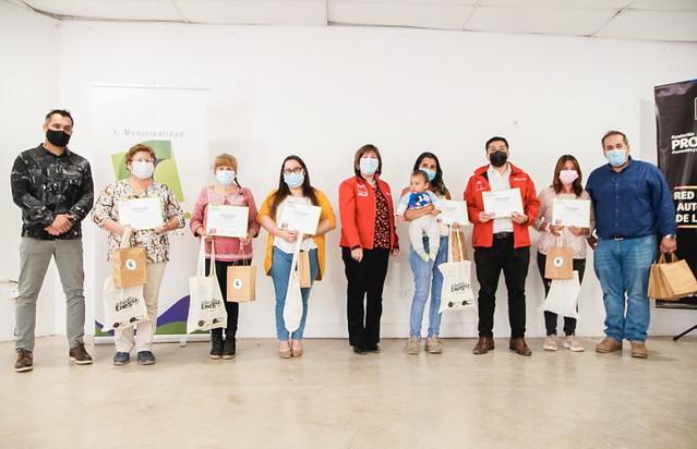 Mujeres Jefas de Hogar de Coltauco reciben �Kit de Ahorro de Energ�a�