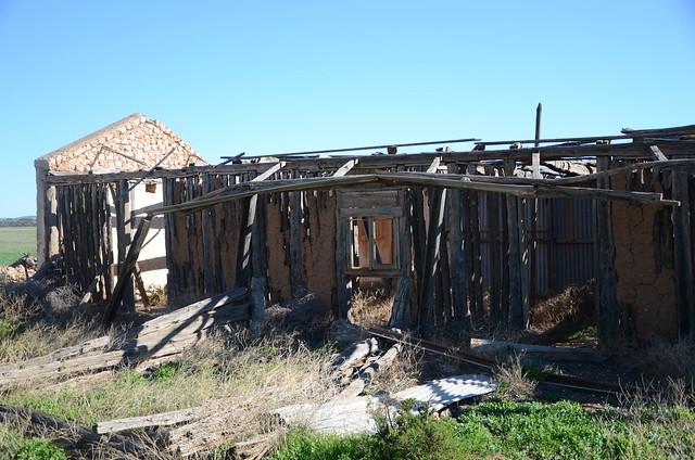 DSC_2965 farm ruins, Ridley Road, Sedan, South Australia