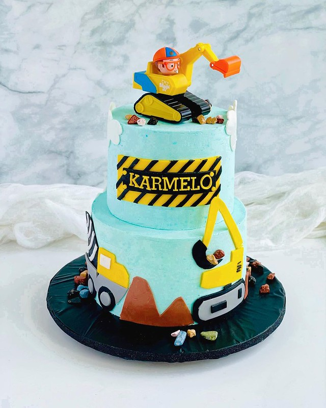 Cake by Sugar Chic Desserts