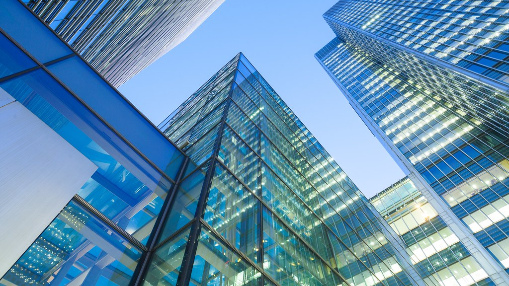 玻璃的摩天大楼
