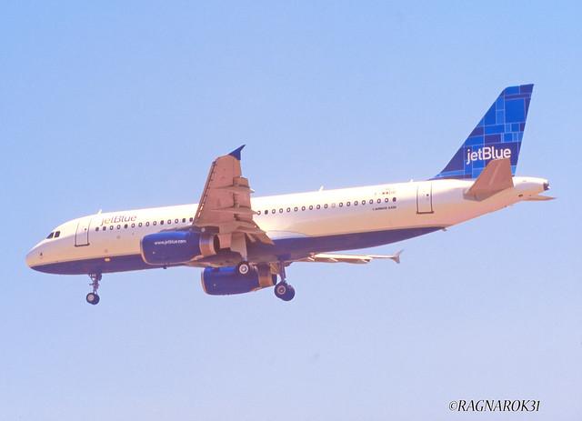 A320-200_JetBlueAirways_F-WWDR_cn2461