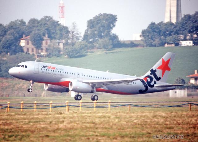 A320-200_JetstarAirways_F-WWDJ_cn2537