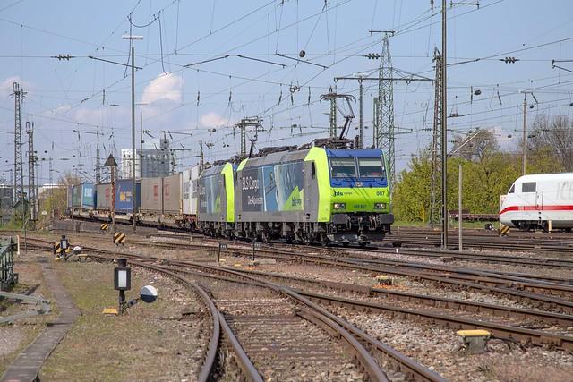 BLS Re 485 007 + 485 010 Basel Bad