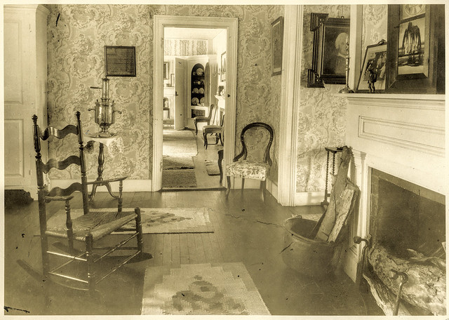 The General's Residence rear living room, 1927 - enhanced