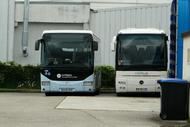 Iribus Crossway et Mercede Tourismos-Keolis Train Bleu