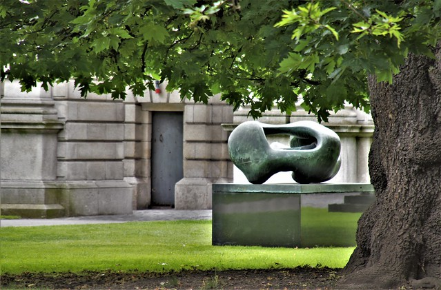 Henry Moore sculpture in Dublin
