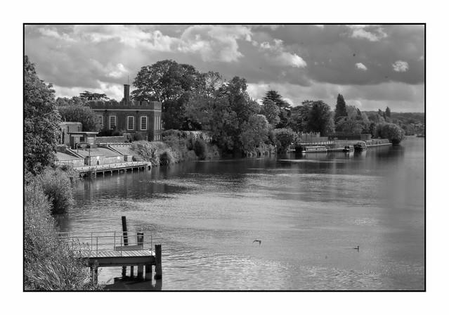 Hampton Court Scenary