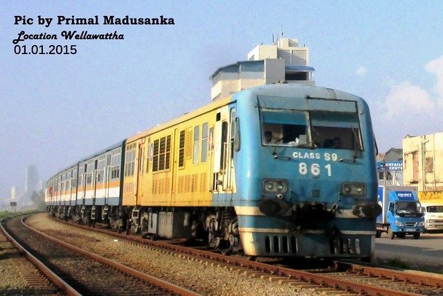 S9 861 at Wellawattha in 01.01.2015