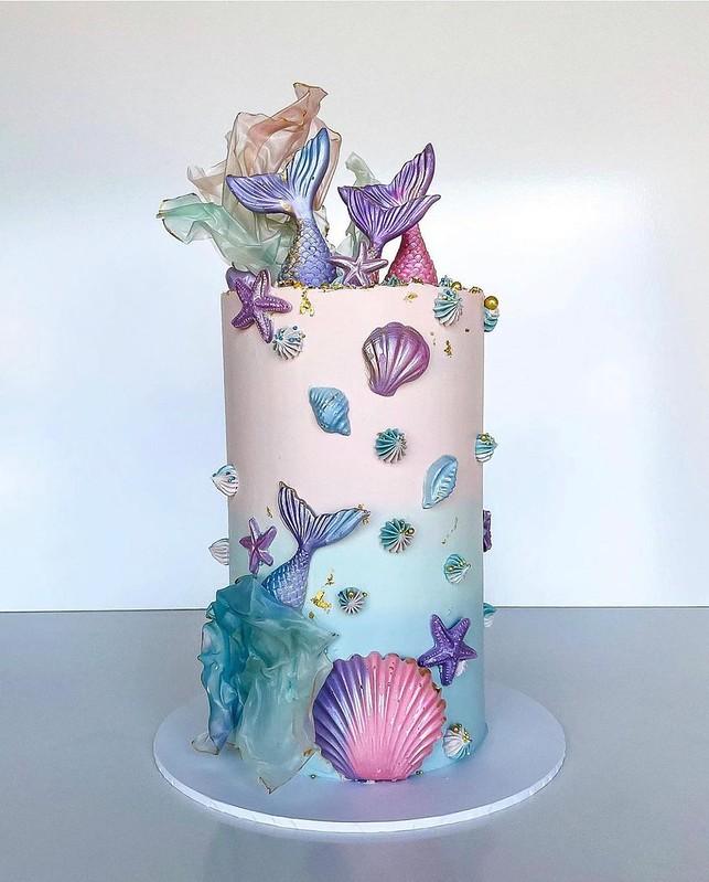 Cake by Let's Talk Sprinkles