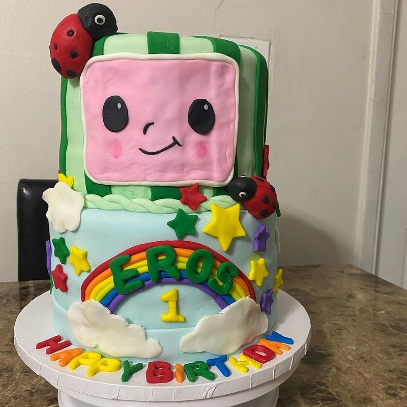 Cake by Dilcia Reaños